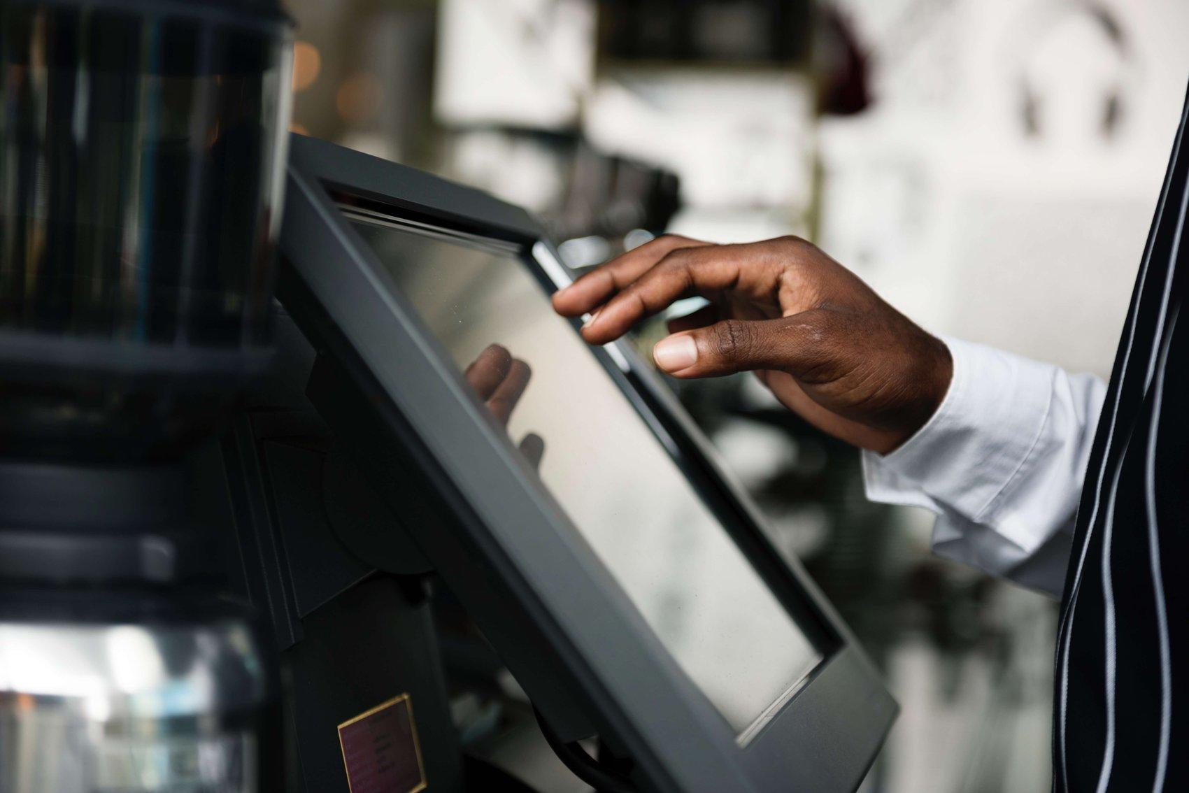 Digital price tag solution for telecom enterprise